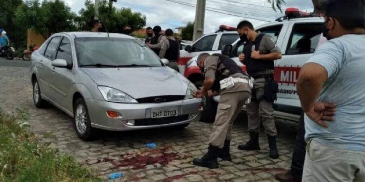 Trio suspeito de planejar assalto morre após confronto com a polícia  da Paraíba